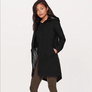 Lululemon Rain Haven Jacket Insulated size 2